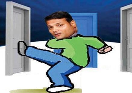 daya_breakingdoor